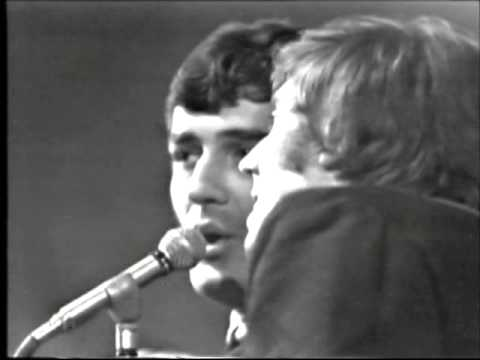 """The Moody Blues : """"Go Now"""" : Live : 1965"""