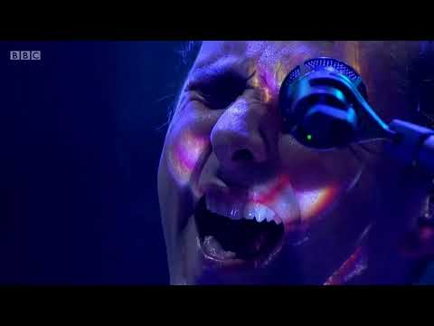 Muse  Showbiz Ashamed Outro   Reading Festival 2017