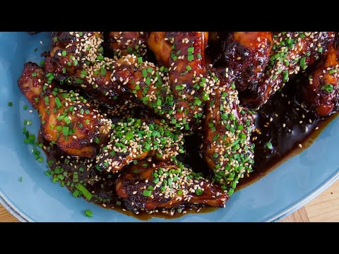 Rachael's Japanese Hot and Sticky Chicken Wings | Rachael Ray Show