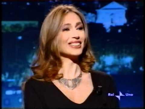 Elena tommasi ferroni a sottovoce parte 1 youtube for Di ferroni