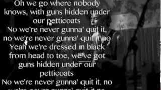Repeat youtube video The 1975 - Chocolate (Lyrics) HQ