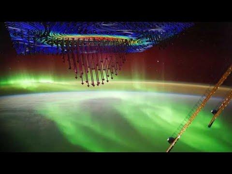 Los electrones navegan por el espacio para crear la aurora boreal