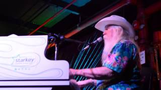 LEON RUSSELL, BACK TO THE ISLAND (LIVE AT PISGAH BREWING COMPANY)