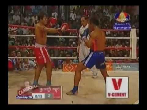 Bayong Boxing - Keo Rumchong vs Chey Kosal (69kg) 3.17.2013