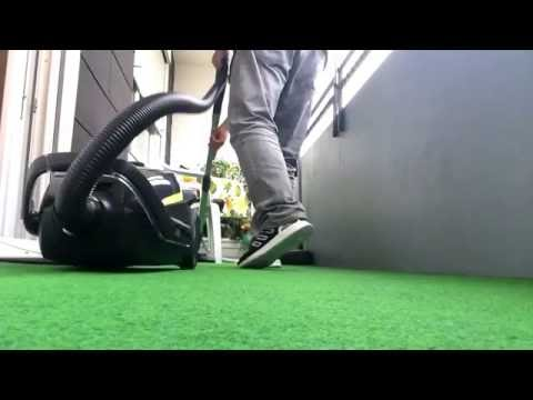 Vacuum-Cleaning with Adidas ZX FLUX RACER on Foot