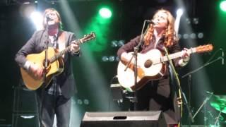 Cara Luft & J D Edwards singing