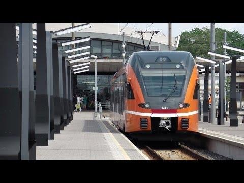 Tallinn (Balti jaam) - Elron (electric and diesel FLIRTs and GTWs) - Stadtbilder