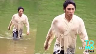 46Корейский актер устроил стриптиз для повышения рейтинга