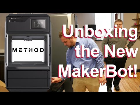 Unboxing our Method by MakerBot 3D Printer + TIMELAPSE! thumbnail