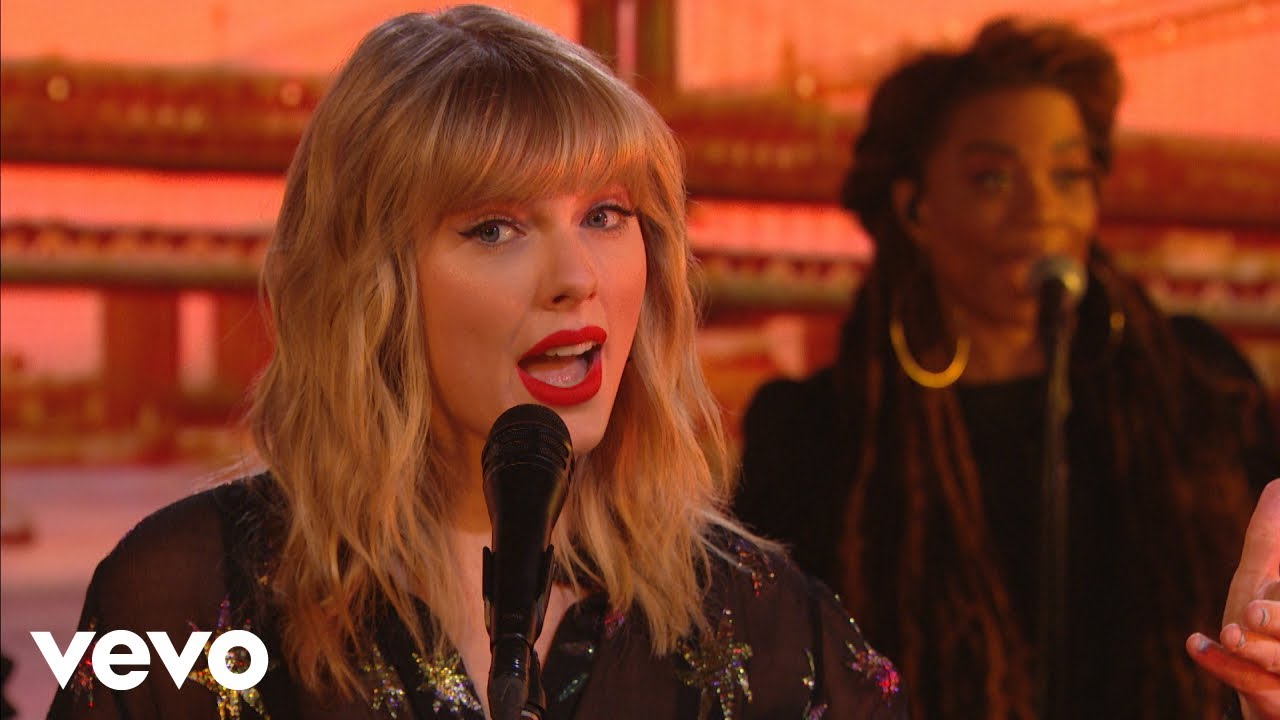 Taylor Swift You Need To Calm Down In The Live Lounge Youtube