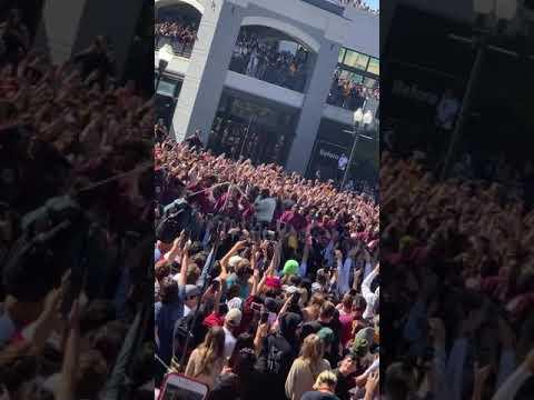 Kanye West Performs Jesus Walks - Sunday Service Salt Lake City