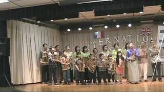 Indonesian Musical Instrument Performance - Angklung - My Bonnie - Battle Hymn - God Bless America