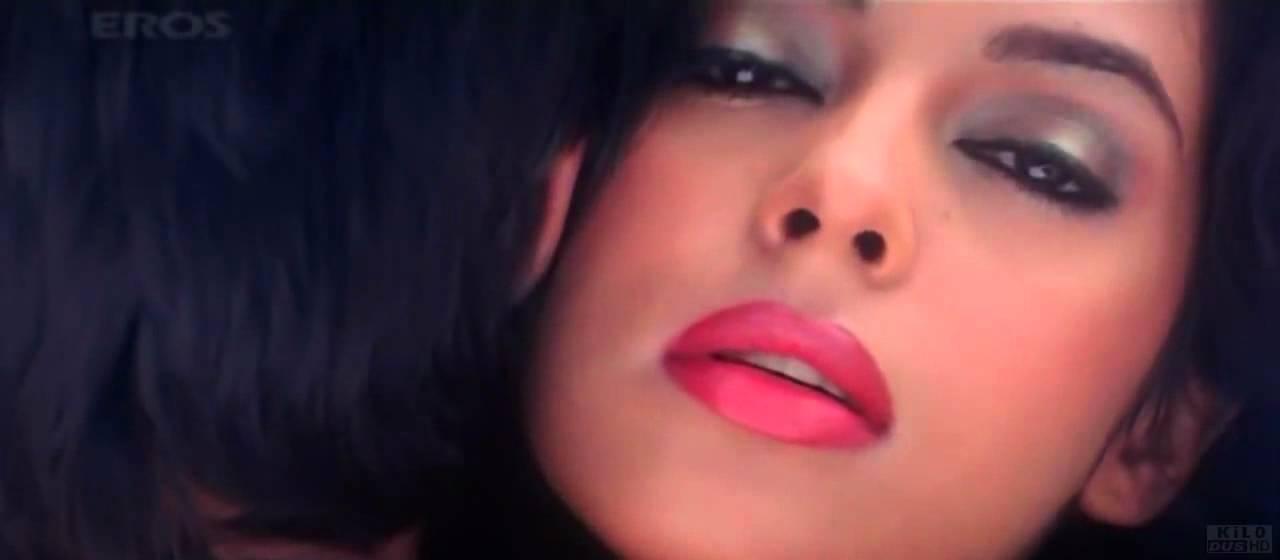 Mallika Sherawat Bikini Song 720p Hd Tera Husn Bachke Rehna Re Baba Youtube