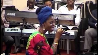 WONDER GOD sung by CFAN-Chicago Choir (Sonnie Badu)
