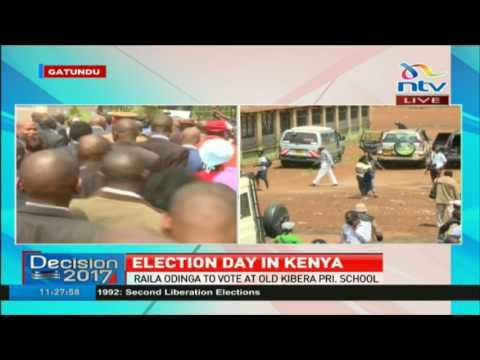 President Uhuru Kenyatta arrives at Mutomo Primary School -#ElectionsKE