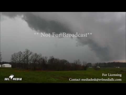 Salem, Indiana - Shelf Cloud With Vorticity - March 27th, 2017
