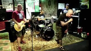 Erstes offizielles Video - Juli 2015 - East End Chaos - Zusammen ht...