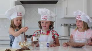How To Make Mini Peanut Butter Cup Trifles - Kids in the Kitchen | Six Sisters Stuff