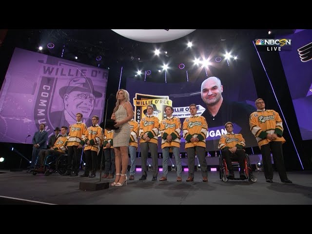 Humboldt Broncos take stage at 2018 NHL Awards