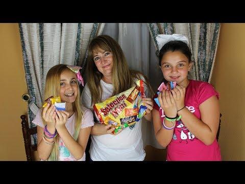 Probando Chuches / Chocolatinas Alemanas con Silvia Sánchez y Paolita2006 - Sonia Gutiérrez