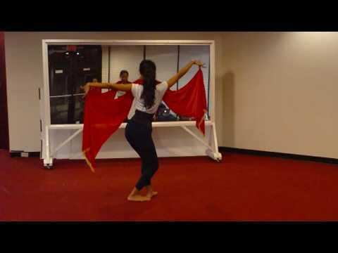 Latihan tari Jejer Gandrung di KJRI Houston
