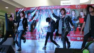 SHINErs - Replay + RDD + Lucifer @ SM Town Winter Album Launch