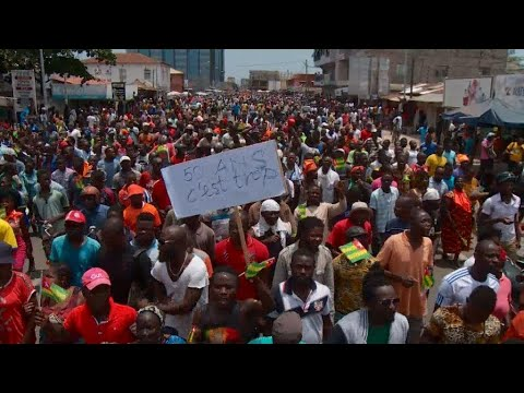Protesters in Togo demand President Gnassingbé give up power