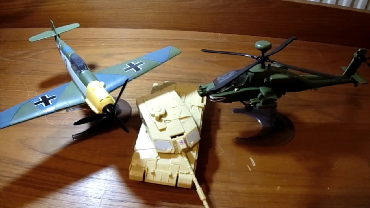 Helicopter Model Kit Airfix Apache Quickbuild