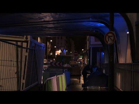 السلطات الفرنسية تسعى إلى حلّ مشكلة المشرّدين في باريس