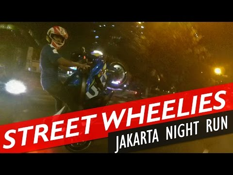 GSXR ZX10R Jakarta Street Wheelies and Freestyles