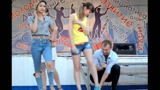 Красотка выиграла пару обуви на Дне молодежи, Блокнот Россошь, 29.06.2017