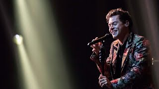 Harry Styles ♪  - The Chain: Fleetwood Mac Cover (at the BBC) - LIVE