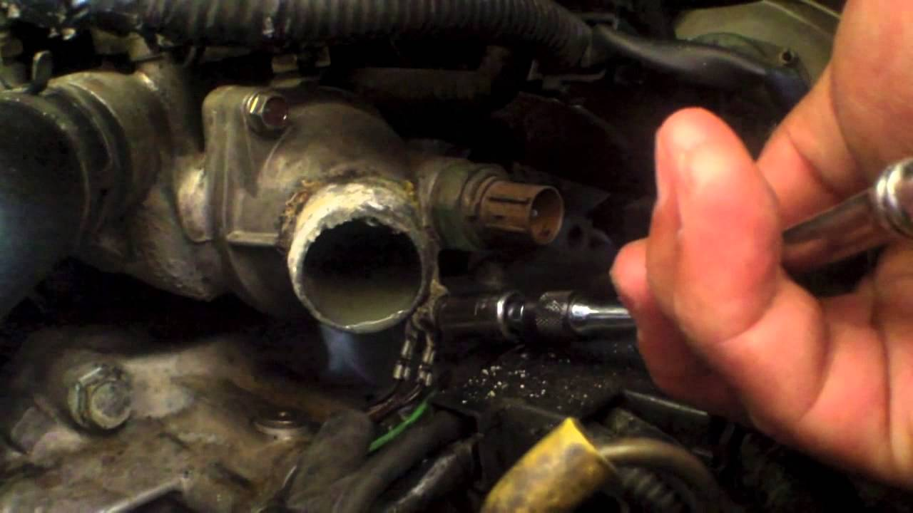 quick thermostat replacement honda odyssey √ youtube2006 Honda Odyssey Engine Coolant #17