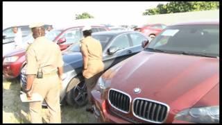 Fraude douanière : 50 véhicules de luxe saisis dans le district d'Abidjan
