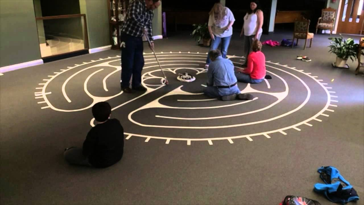 how to build a labyrinth