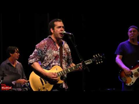 ALBERT CASTIGLIA • Let The Big Dog Eat • Sellersville Theater  9/13/17