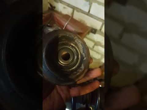 Скрип передней подвески рено логан