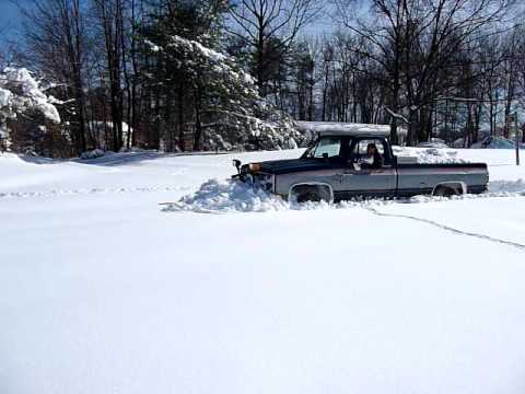 Four wheel drive after blizzard in Laurel