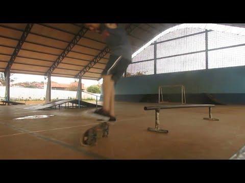 O Skate como ele é  - Até acertar Bs Feeble Pressure Hellflip