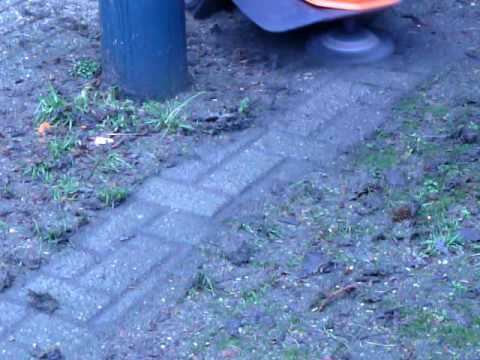 Ariens ST622 with Weed Brush Kit.MOV www.helthuis.nl - YouTube
