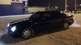 Mercedes-Benz W210 дрифт зимой