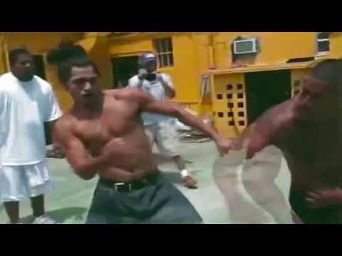 Уличная драка на голых кулаках боец UFC Масвидаль с тяжеловесом. Мужские Разборки. Это было круто.