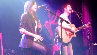 Gambar cover Darren Criss & Naya Rivera at Irving Plaza (Valerie) HD