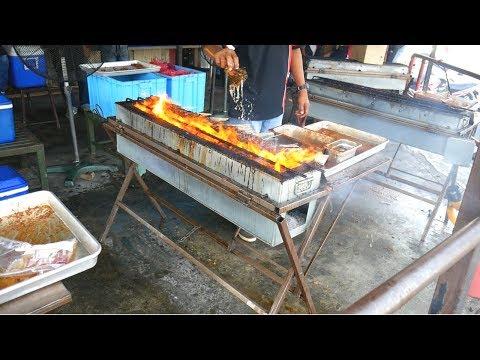 Eating KAJANG SATAY- SATAY CRAWL in Kajang & Kuala Lumpur | Food and Travel Channel | Malaysia