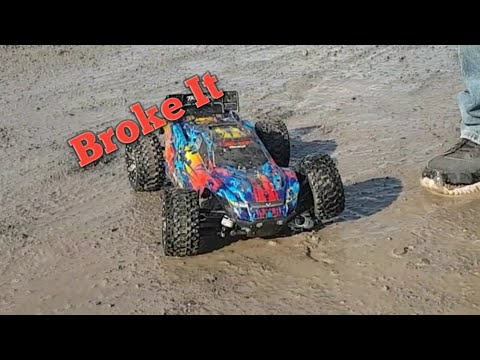 Traxxas MAXX And Rustler 4x4 EPIC BASH With BREAKAGE(bonus Granite 4x4 Footage
