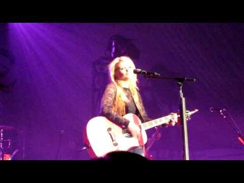 Miranda Lambert-Vegas-