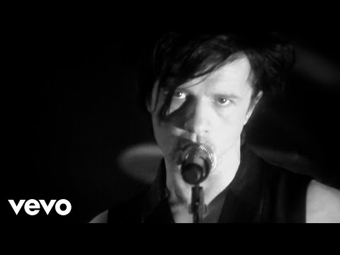 Indochine  You Spin Me Round Like a Record au profit de RSF Clip officiel