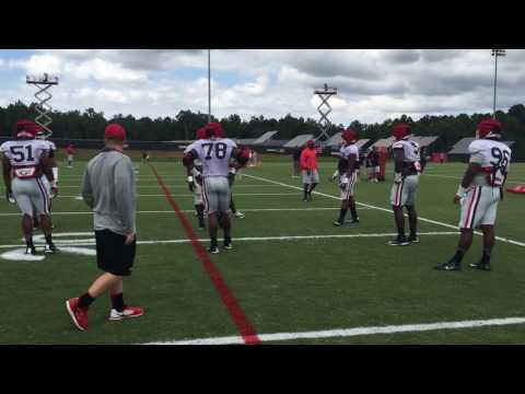 UGA D-linemen go 1-on-1 drills