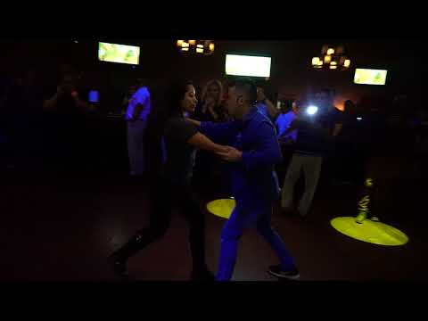 Brian Le & Adriana Orozco Bachata Demo @ The Salsa Room