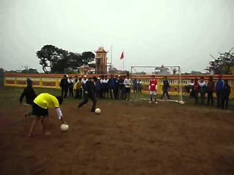 Penalty bong da-hoi khoe Phu Dong cac truong thcs huyen Xuan Truong 2012